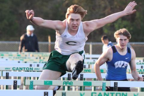 Track teams prep for District 14-4A Meet