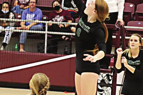 Eaglettes in four-way tie for fi rst